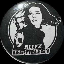 """Badge noir """"Allez les Filles"""""""